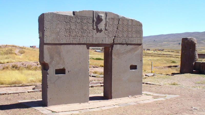 La Paz – Tiahuanaco – La Paz / Private <span>1D</span>